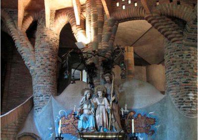 Antoni Gaudí 113