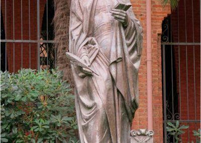Antoni Gaudí 145