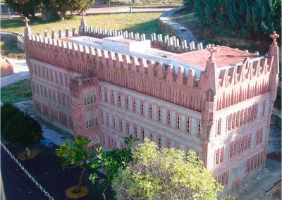 Antoni Gaudí 153
