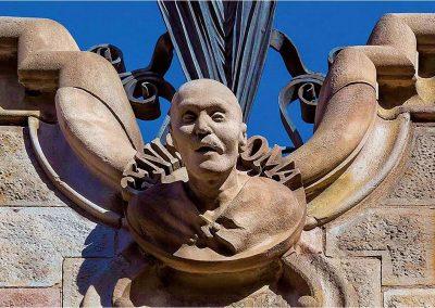 Antoni Gaudí 167